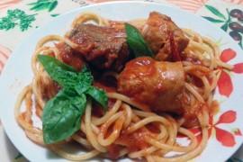 bucatini-salsiccia-carne